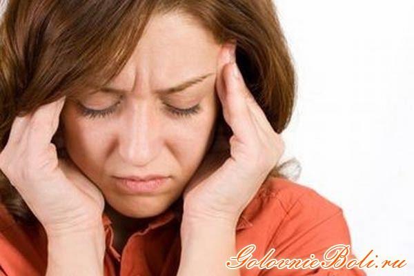 Женщина с нарушением венозного оттока