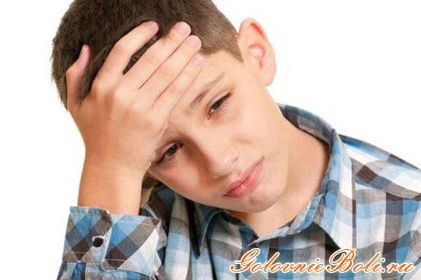 Почему часто болит голова у подростка